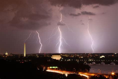 lightning washington dc weather bolts extreme skyline storms strike september brian allen three night lighting strikes approaching last storm virginia
