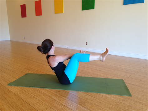 Row Your Boat Abs by 4 Creative Ab Exercises That Will Make You Sweat