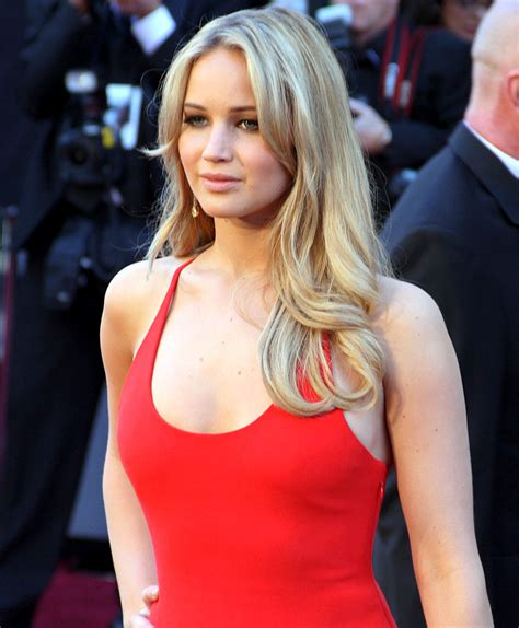 Jennifer Lawrence At The 83rd Academy Awards Crop.jpg