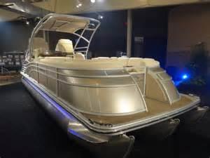 Fiberglass Deck Paint by 10 Top Pontoon Boats Of 2013 Boats Com