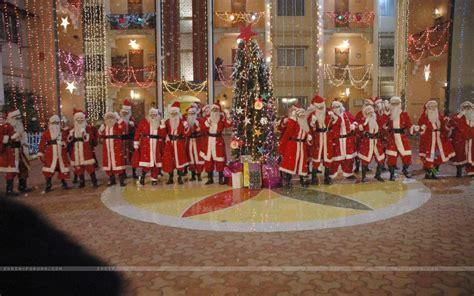 american christmas traditions by bob dancing santas american christmas traditions pinterest