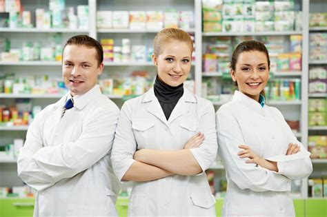 Pharmacy Jobs Looking At The Staff That Makes A Pharmacy Tick  Job Mail Blog