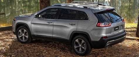 2019 Jeep Cherokee First Look Review Brings A New Nose