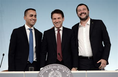 consiglio dei ministri italia governo salvini e di maio fanno pace conte quot accordo