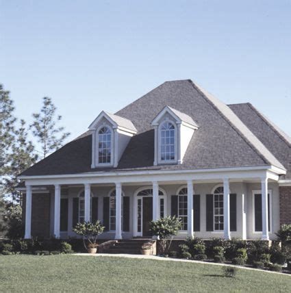 southern style house plans with porches lovely 4 bedroom southern style home with front columned