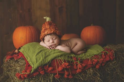 newborn baby girl halloween photo session tonypandy meet