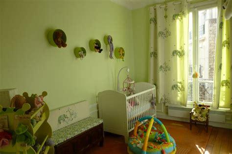 chambre bébé gris et revger com chambre bébé vert deau et gris idée