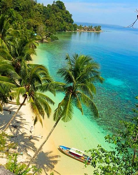 Moluccas Indonesia One Of The Beautiful Beaches In