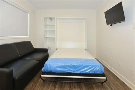 sq ft micro suite  parkdale