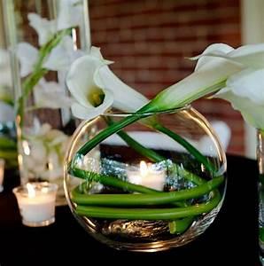 Blumendeko Im Glas : blumendeko f r hochzeit mit callas atemberaubende und edle pflanzen ~ Frokenaadalensverden.com Haus und Dekorationen