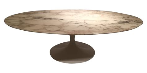 grande table basse ovale par eero saarinen datant des 233 es 70 edition knoll international