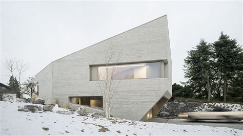 angular concrete house  germany mimics  crystal curbed