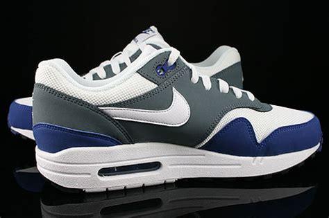 descuento nike air max 1 gs white royal tint white 1211311 tqboqcs nike air max 1 gs royal blue white armory slate black 555766 400 purchaze