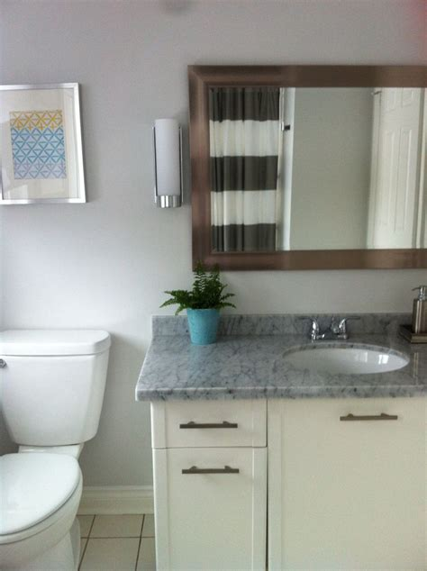 bathroom benjamin moore paper white oc  striped