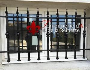 Grille Fenetre Fer Forgé : grille de securite en fer forg pour fen tre fr jus 83 ~ Dailycaller-alerts.com Idées de Décoration