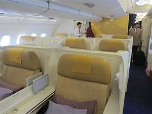 Review: Thai Airways First Class Tokyo Narita to Bangkok ...