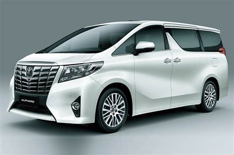 Toyota Evaluating Alphard Mpv For India Launch, Auto Expo