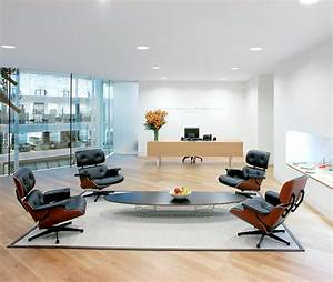 Eames Chair Lounge : eames lounge chair classic comfort all roads lead to home ~ Buech-reservation.com Haus und Dekorationen
