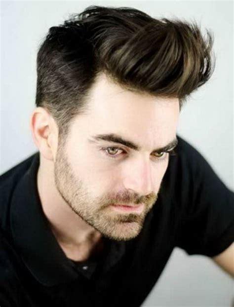 coupe de cheveux raide homme