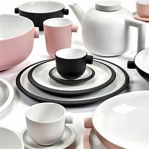 Geschirr Set Weiß : geschirr set daily beginnings wei serax porzellan ~ Buech-reservation.com Haus und Dekorationen