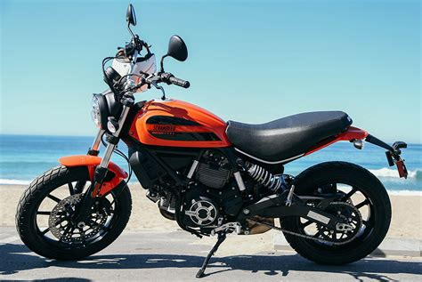 Gambar Motor Ducati Scrambler Sixty2 by Review 2016 Ducati Scrambler Sixty2 Gear Patrol