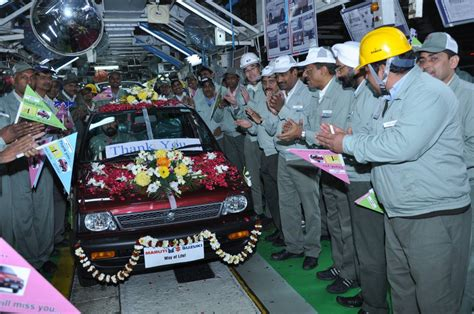 Final Maruti 800 rolled out of the Gurgaon plant