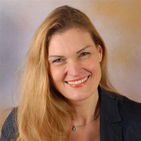 Michelle Schopen: Journalistin / Online-Redakteurin / Autorin | XING