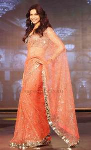Deepika padukone in netted saree at SRK HNY trailer launch
