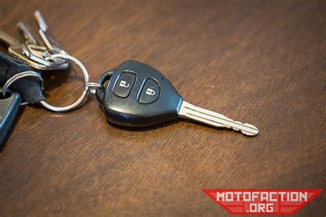 How To Change The Remote Key Fob Coin