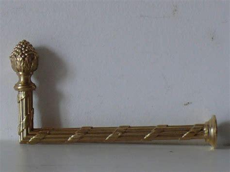 crochet pour embrasse de rideau r 233 f 502 par bronzier d art
