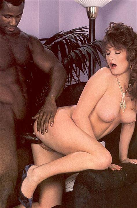 Classic Retro Porn Horny Lady Catches A Bl Xxx Dessert