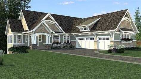 craftsman house plan  sports court rk