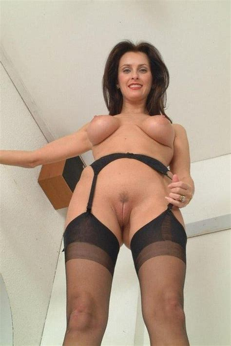 77 A Milf Mom Mature Wife Pov From Below Stockings Garter