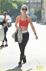 Julianne Hough Gets In a Workout Before Girls Trip!: Photo ...
