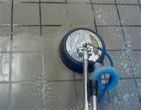 machine a nettoyer le carrelage nettoyage en profondeur du carrelage tout pratique