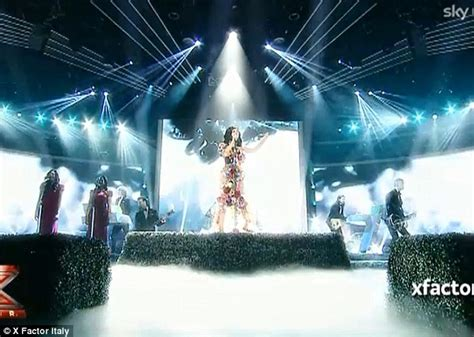 Katy Perry Covered In Flowers On Italian X Factor