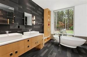Freistehende Badewanne Holz : luxus badezimmer in schwarz der neue trend ~ Yasmunasinghe.com Haus und Dekorationen