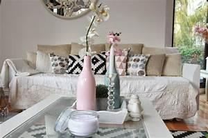 Rosa Deko Wohnzimmer : shabby chic wohnzimmer 66 romantische einrichtungen ~ Frokenaadalensverden.com Haus und Dekorationen