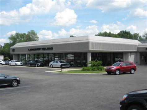 Lexus of Toledo : Toledo, OH 43617 Car Dealership, and