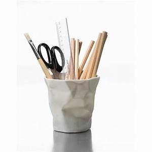 Pot A Crayon : pen pen pot a crayon essey blanc accessoire de bureau ~ Teatrodelosmanantiales.com Idées de Décoration