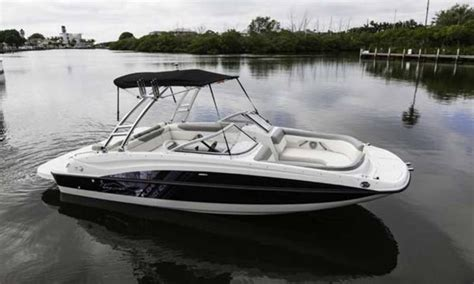 Deck Boat Ottawa by Bayliner 195 Deck Boat 2016 New Boat For Sale In Lake