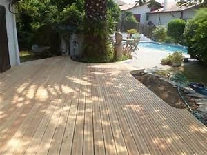 Matériaux Pour Terrasse : terrasse en bois vers une piscine r alis e par l 39 atelier ~ Edinachiropracticcenter.com Idées de Décoration