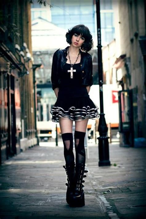 Emo Style Clothing For Teenage Girls - Womenitems.Com