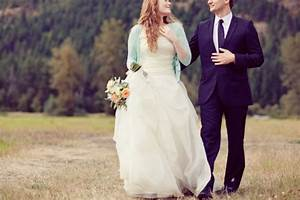 22 COZY WINTER BRIDAL SWEATER LOOKS Godfather Style