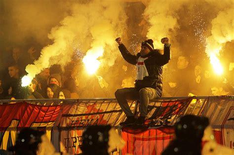 partizan en rode ster fans meppen elkaar de tering