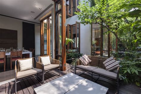 Home Design In Harmony With Nature : Nature House Design In Singapore
