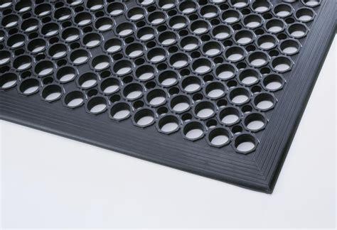tapis anti fatigue pour cuisine tapis caoutchouc anti fatigue caillebotis antidérapant 24