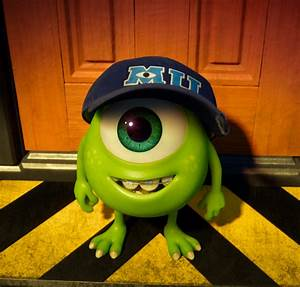Best Moments From the New Monsters University Trailer | Oh ...