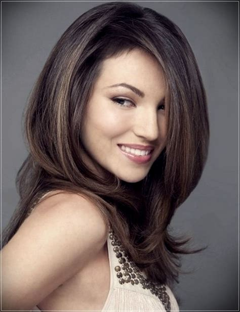Different types of hairdos for mid length hair Long