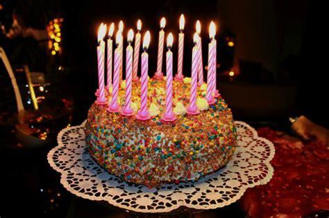 Geburtstagskuchen Foto & Bild  Gratulation Und Feiertage